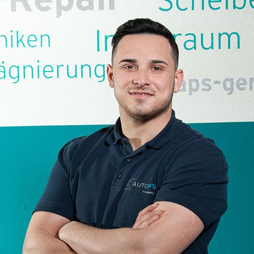 Xhelal Rexhepi, Mitarbeiter von AutOptik, Autoaufbereitung Bayreuth, Bamberg, Hof.