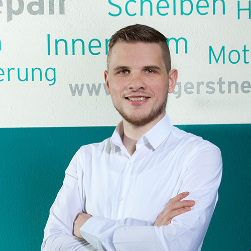 Mitarbeiter Rene Wandtke von Team AutOptik in Hof, Autoaufbereitung Hof, Bamberg, Bayreuth.